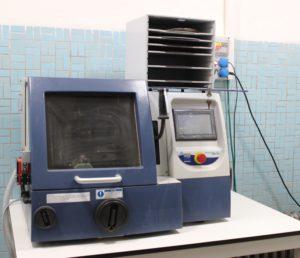 Rozbrušovací pila AbrasiMatic 300